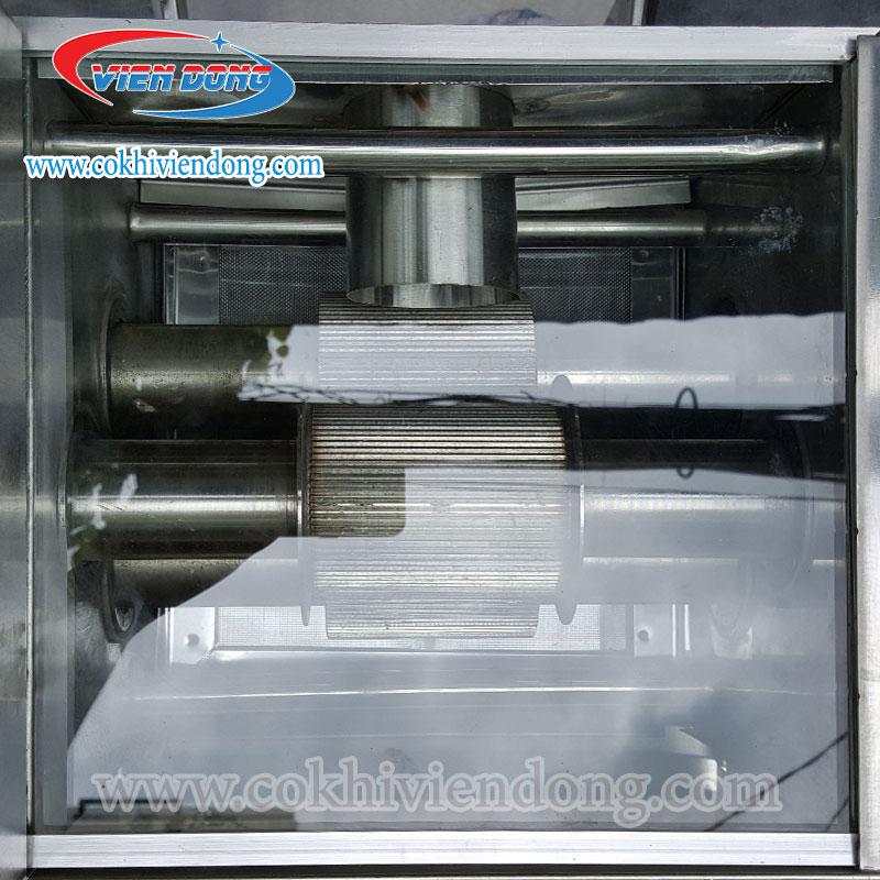 Xe nước mía có kính ép 2 cây X4K- 500