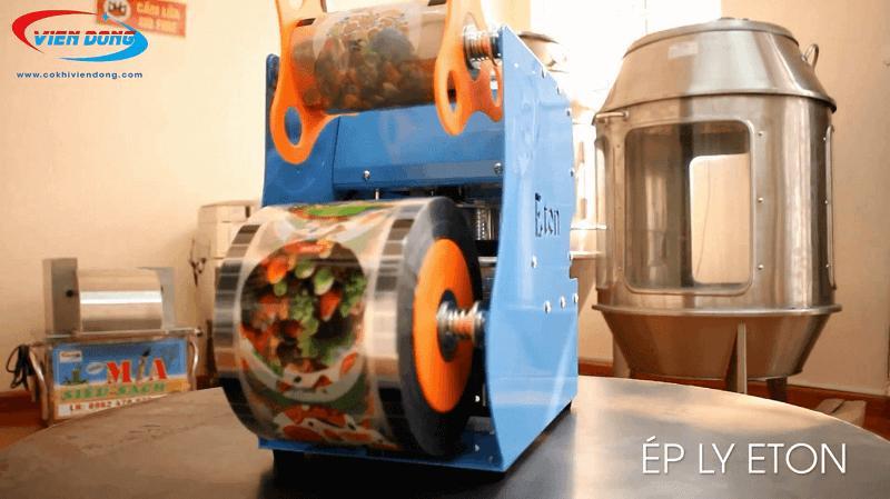 Ép ly Eton D7 làm từ thép không gỉ phun sơn tĩnh điện