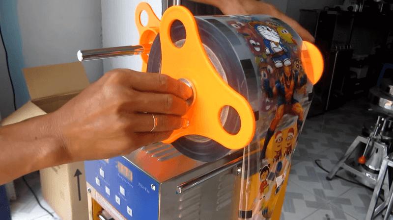 Nhược điểm máy dập nắp cốc nhựa ATAI F08
